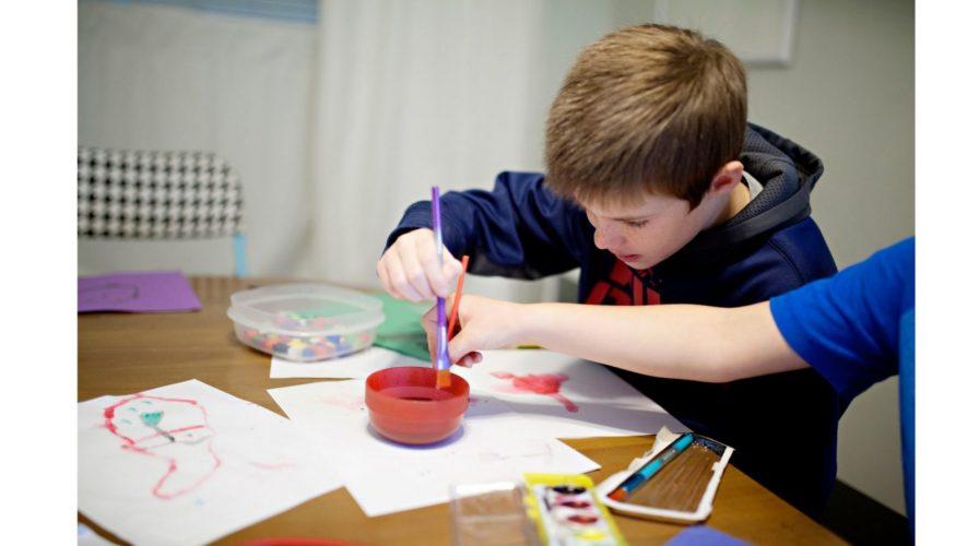 """""""Арт-нить"""".  Занятия для детей 9-12 лет и их родителей - набор открыт."""